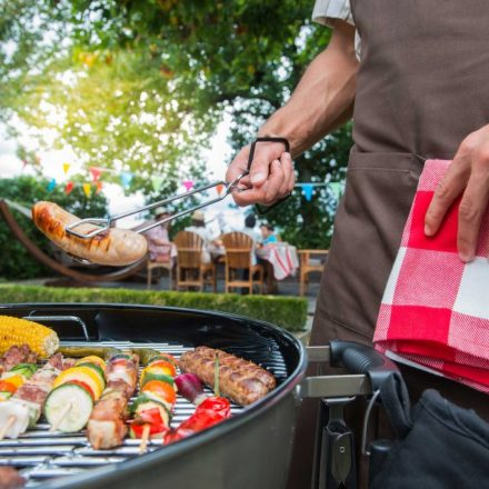 How to Organize a Corporate Barbeque like a Pro?