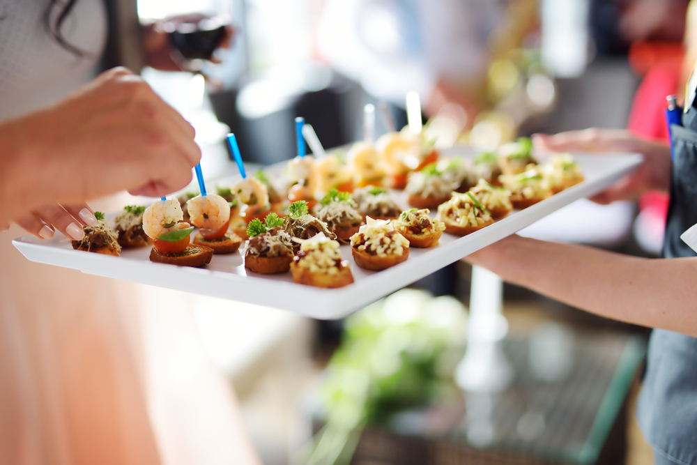 6 Qualities to Look for in a Caterer